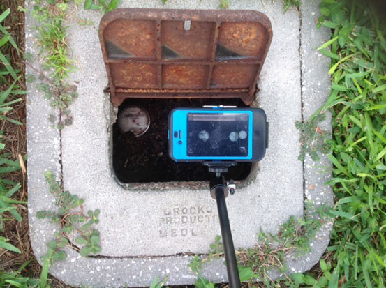 Smartphone Monopod with iPhone - Water Meter on